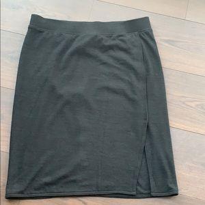 Stretchy Gap skirt